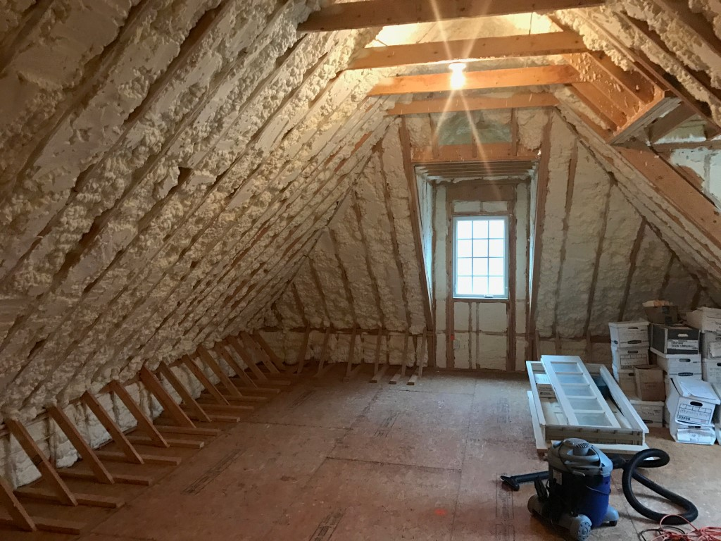 Attic Spray Foam insualtion (4)