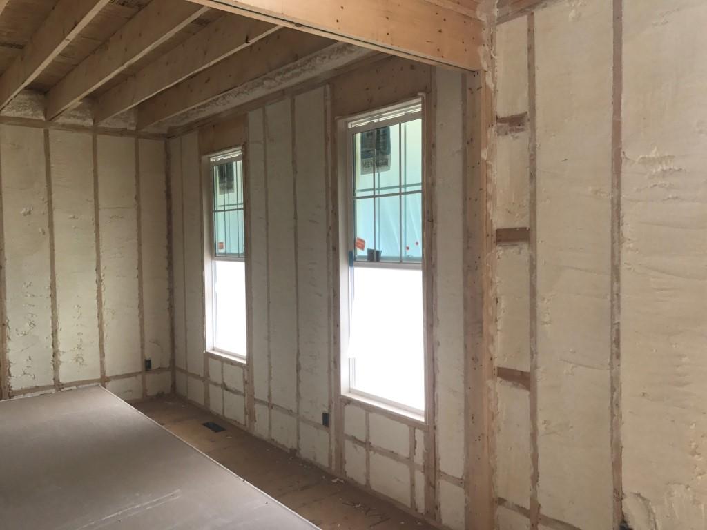 Spray foam insulation New Construction (1)