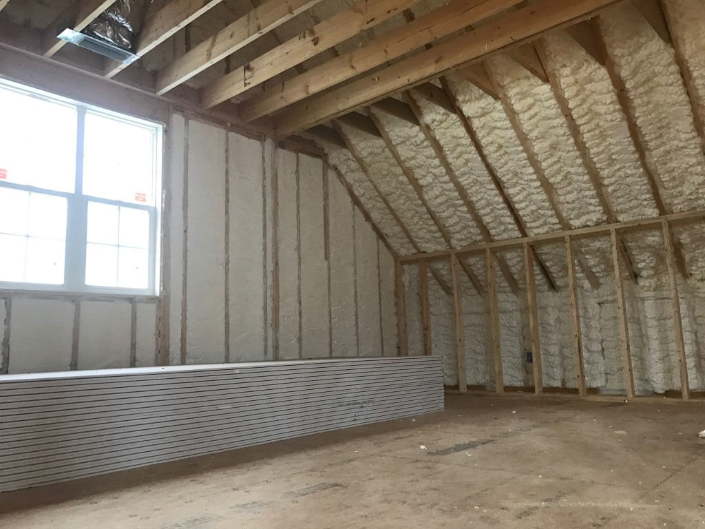 Spray foam insulation New Construction (2)